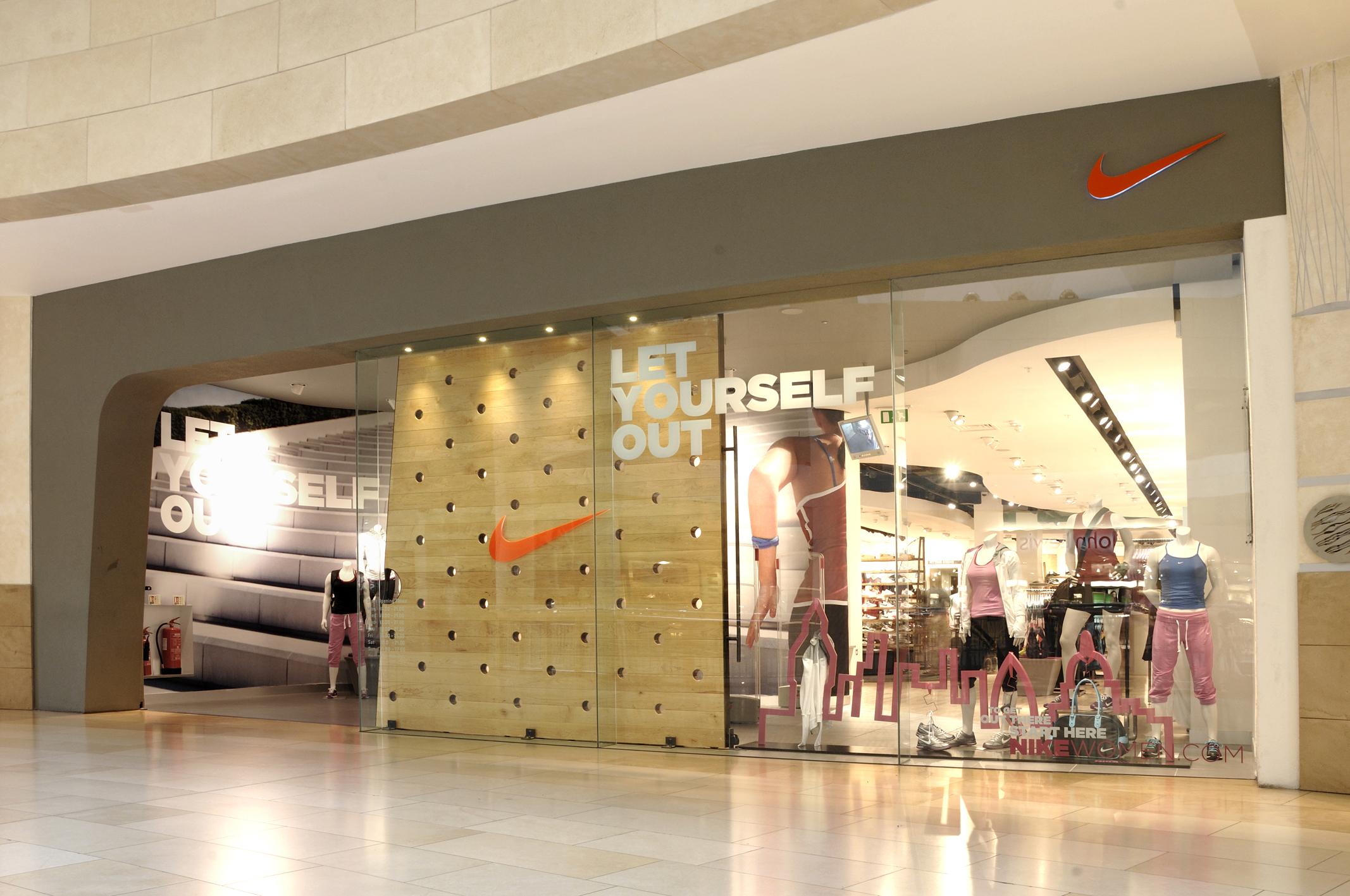 Retail LED Lighting